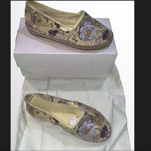 Gucci Other - Gucci Girls Espadrille Size 32/13**